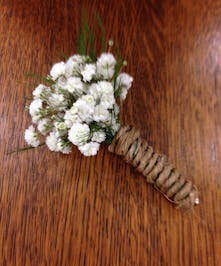 Rustic and chic boutonniere