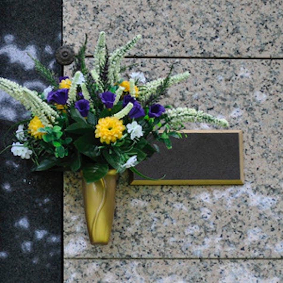 Mausoleum flowers mausoleumflowers2 180321121545gw950autoformat izmirmasajfo