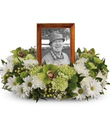 Garden Wreath | Port Charlotte Sympathy Flowers